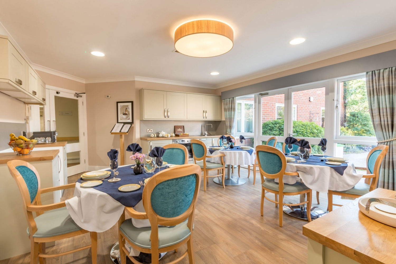 Care Home in Surrey   Ashford House. Care Home in Surrey   Ashford House   Barchester Healthcare
