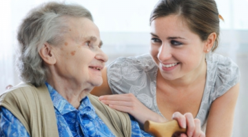 Strong relationships between the elderly and their children prevents dementia