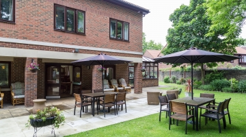Care Homes in Croydon | Thackeray House