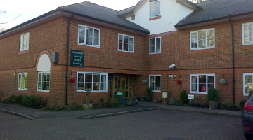 Care Homes in High Wycombe | Shelburne Lodge