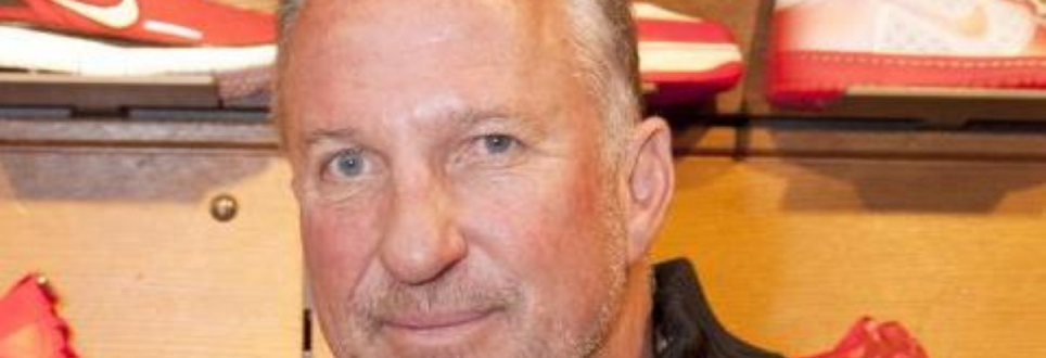 Sir Ian Botham discusses father's dementia