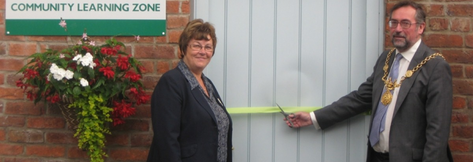Community Learning Zone opened by Lord Mayor