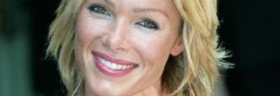 Nell McAndrew calls for people to run for Alzheimer's disease