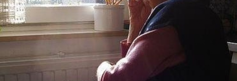 Talking to people with dementia 'improves their wellbeing'