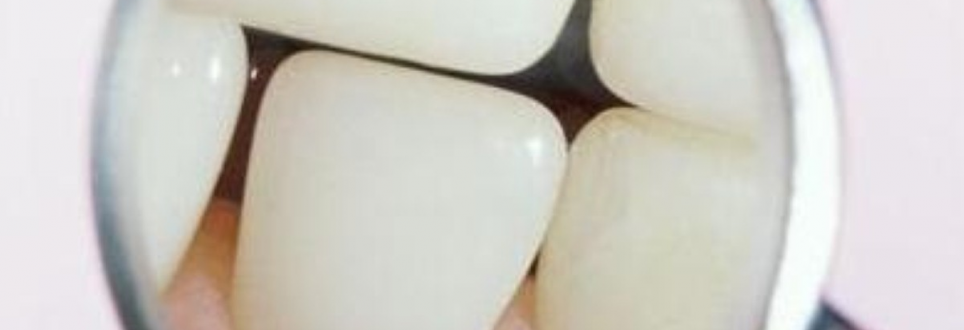 Diabetes and gum disease are linked, professor underlines