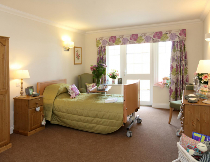 Ashchurch view care home in tewkesbury barchester healthcare - The living room church kennewick wa ...