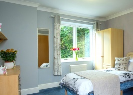 Sycamore Court bedroom