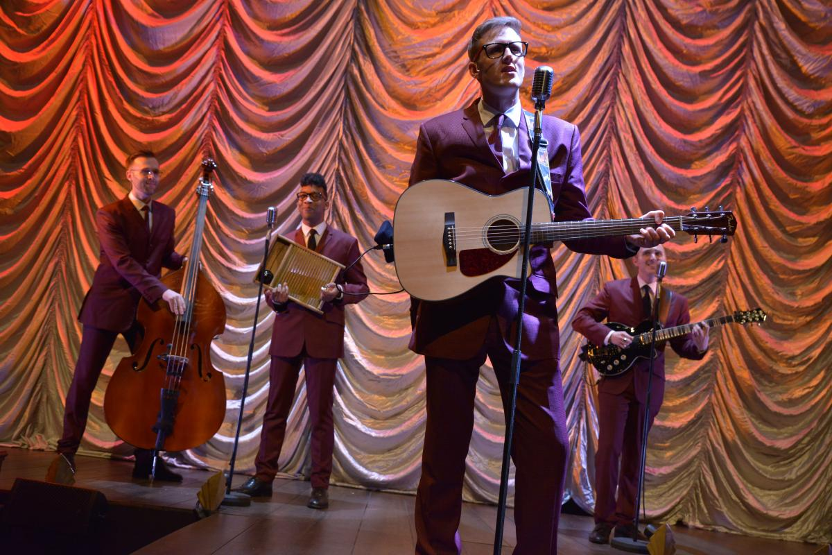 One Man, Two Guvnors - The Skiffle Band