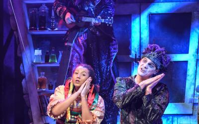 Yana Penrose as Gretel, Jack Alexander as Ronald & Christopher Price as Ginger