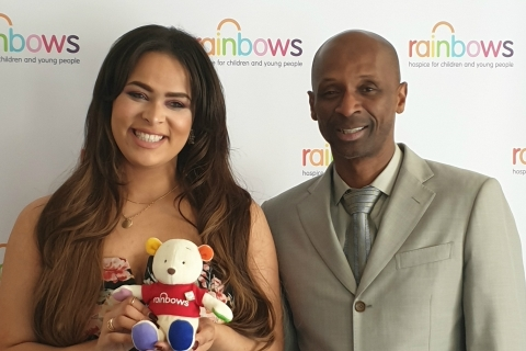 Andy Abraham and Faith Tucker visit Rainbows Hospice for Children and Young People