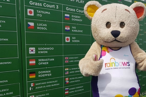 Nottingham Open serves up £10,000 for  Rainbows Hospice for Children and Young People
