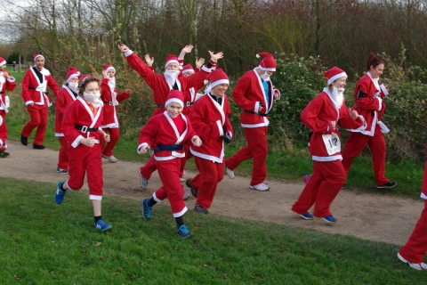 Nottingham Santa Fun Run & Walk (Mince Pie Edition)