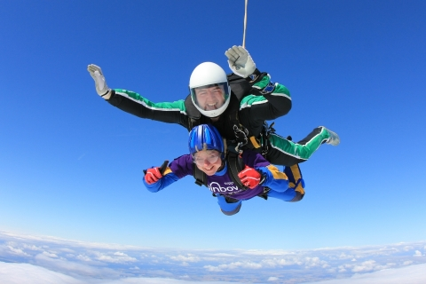 Charity Skydive in support of Rainbows Hospice