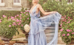 Stuart Wood Weddings / Hedsor House Weddings / Bride Blue Dress