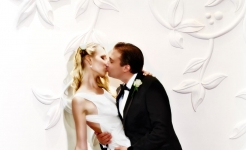 Stuart Wood Weddings / Four Seasons London Park Lane / Elena & Mike  Wall Kiss