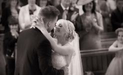 Stuart Wood Weddings / Emma and Ashley 1st Kiss / Horsley Lodge