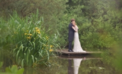 Stuart Wood Weddings / Sophie & Christian / Surrey Weddings / Jetty