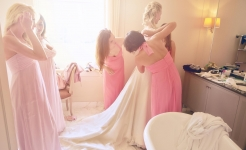 Stuart Wood Weddings / Coworth Park / Elena Getting Ready