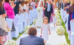 Stuart Wood Weddings / Four Seasons Hampshire / Matt Oakley down aisle