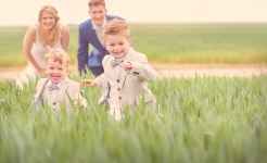 Stuart Wood Weddings / Kids Run