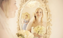 Mirror bridesmaid